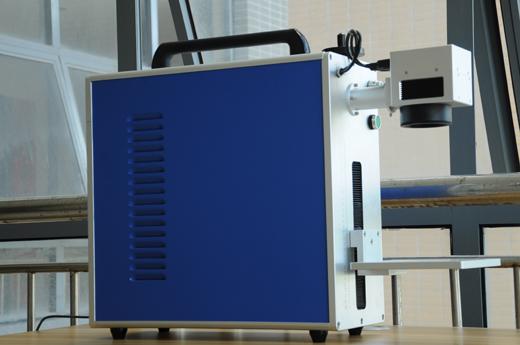 小型激光打标机2
