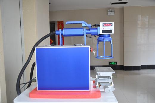 小型光纤激光打标机1